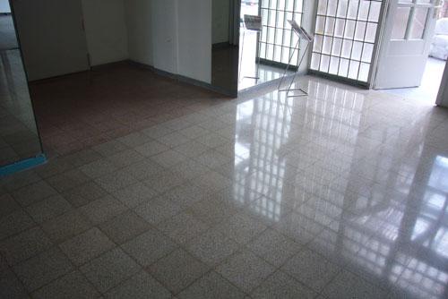steinboden polieren steinboden sanieren kiel steinboden sanieren in kiel with steinboden. Black Bedroom Furniture Sets. Home Design Ideas